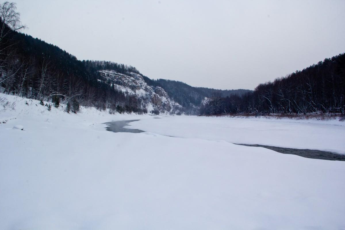Река Ай зимой